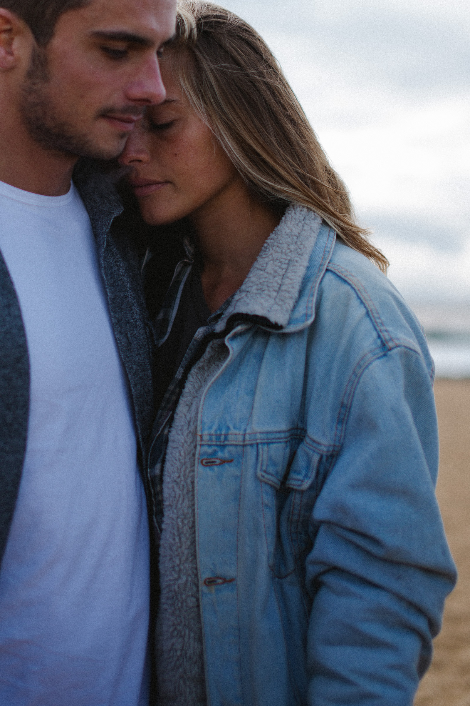 photo-couple-ocean